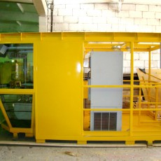 Cabin for metallurgical crane
